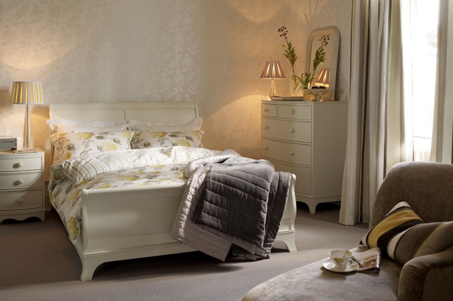 Broughton Double Bed Qualita
